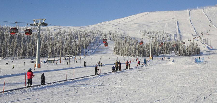 finland_lapland_yllas_yllas-saaga-spa-hotel_gondola-slopes2.jpg